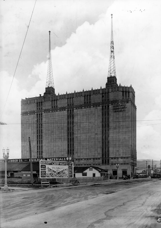 1928 Side View Of The Hollywood Storage Co Building Located At 1025 N Highland Ave