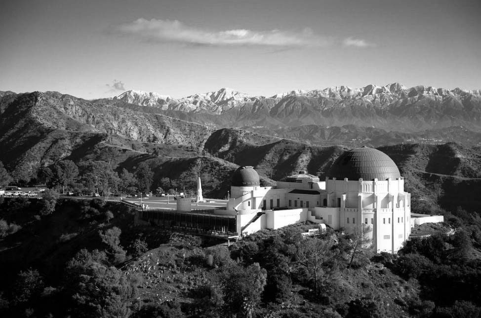 2008 View Looking Northeast Showing The Griffith Observatory With Snow Capped San Gabriel Mountains Acting As A Backdrop