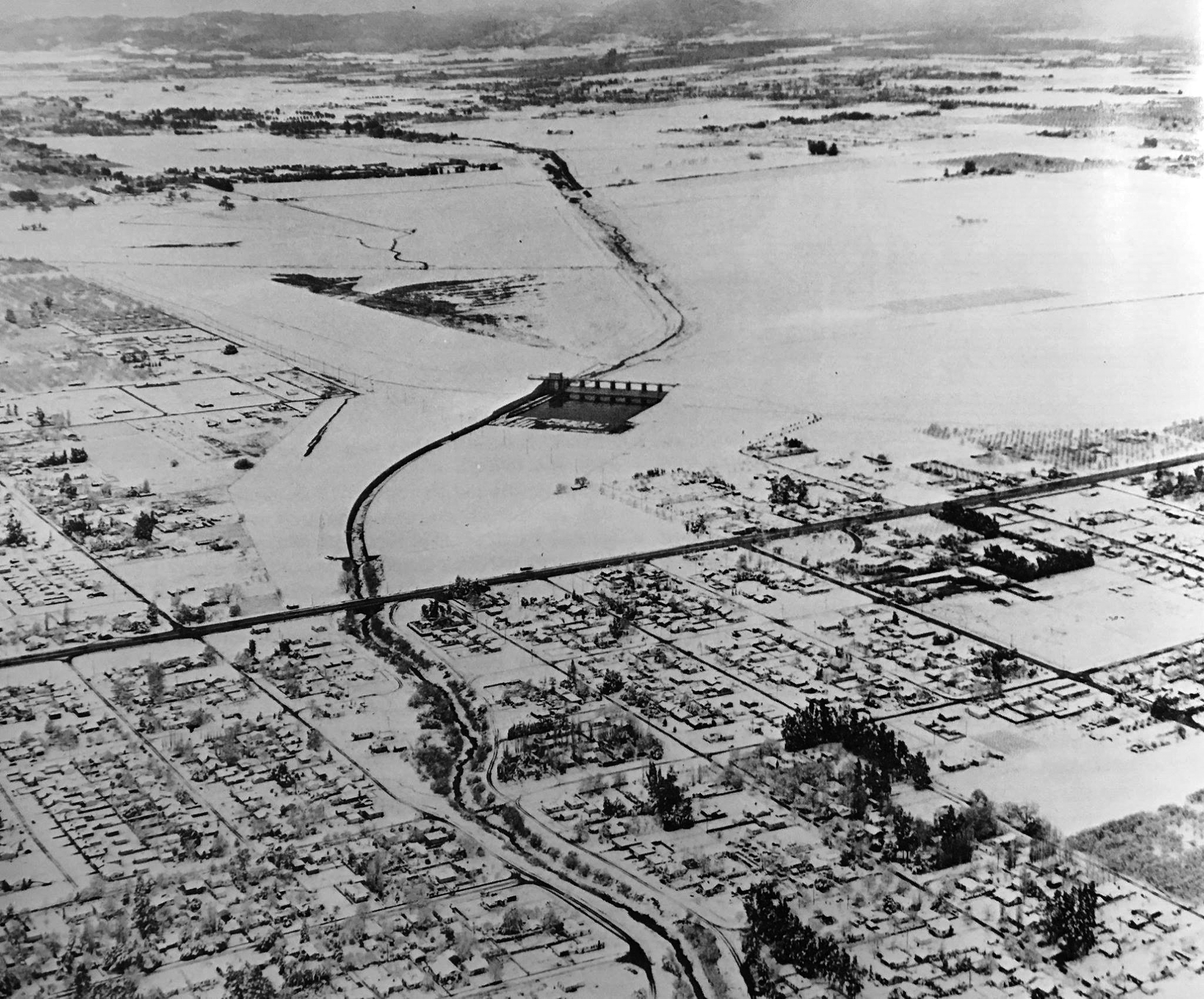 Water And Power Associates 1930 Chevrolet Wiring Diagram 1949 Aerial View Looking Northwest Showing The Effect Of A Three Day Snow Storm Janurary 9th Through January 11th Sepulveda Boulevard Is Seen