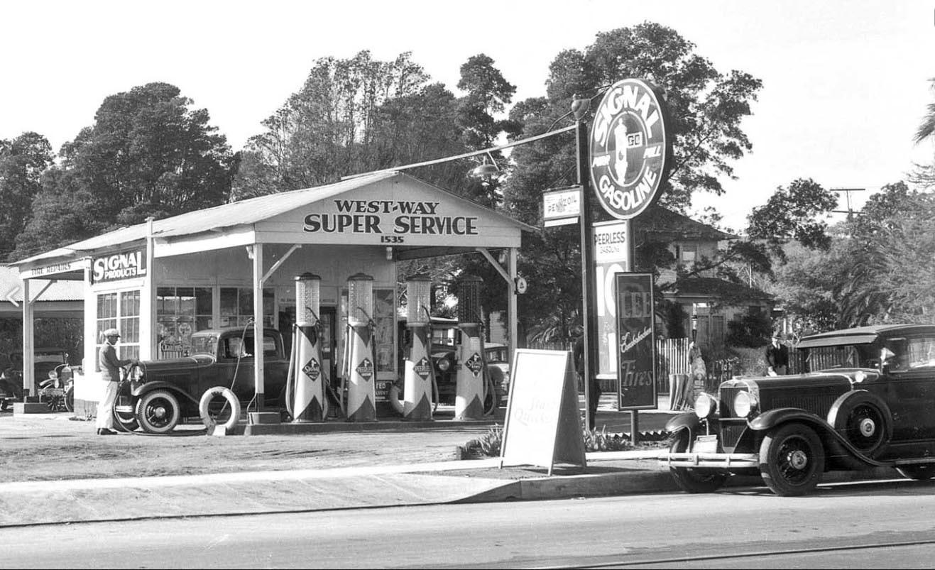 West_Way_Service_Station_1933.jpg