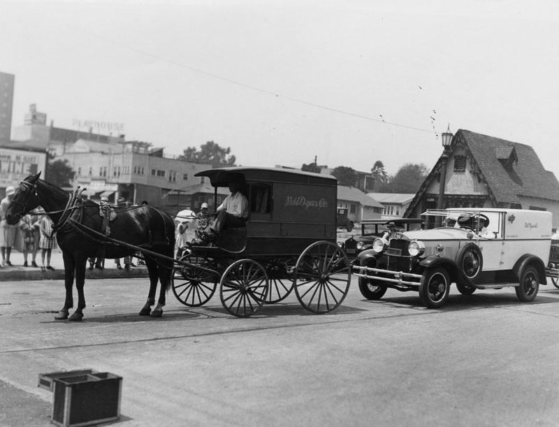 Old__Settlers_Parade_1928.jpg